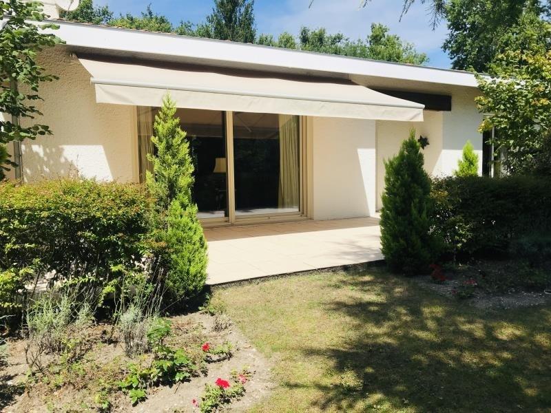 Deluxe sale house / villa Le pian medoc 525000€ - Picture 1