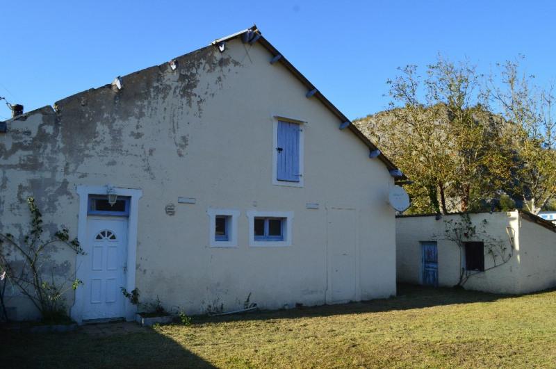 Sale house / villa Izeste 80000€ - Picture 1