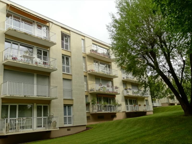Sale apartment Chambourcy 278000€ - Picture 1