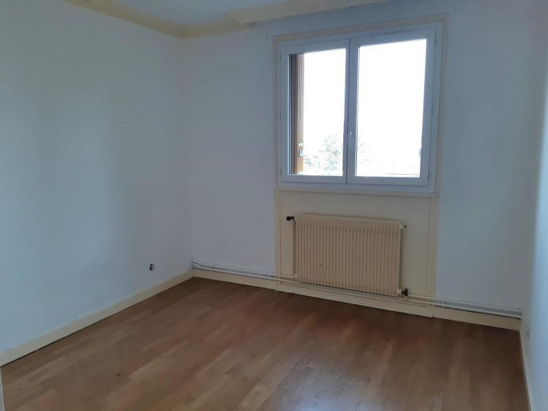 Location appartement Villefranche sur saone 651,84€ CC - Photo 5