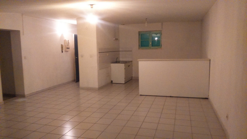 Location appartement Tarascon 614€ CC - Photo 1
