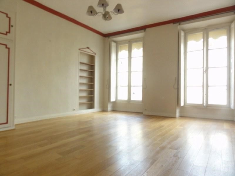 Rental apartment Versailles 995€ CC - Picture 2