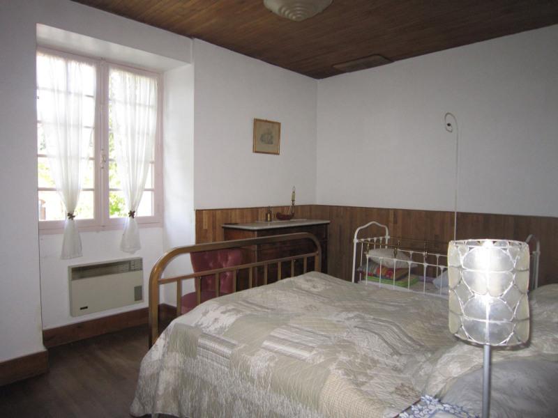 Sale house / villa Monplaisant 135000€ - Picture 4