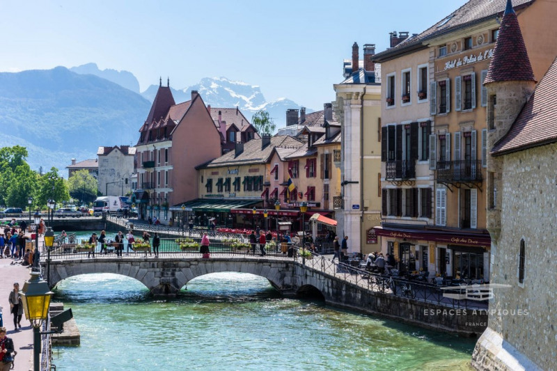 Rare renovation in the heart of the historic center of Annecy