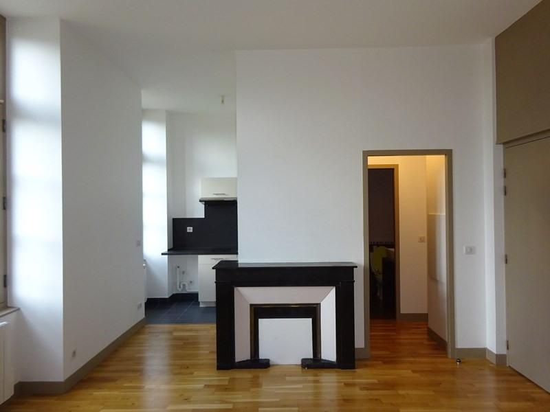 Location appartement Sainte-foy-lès-lyon 625€ CC - Photo 6