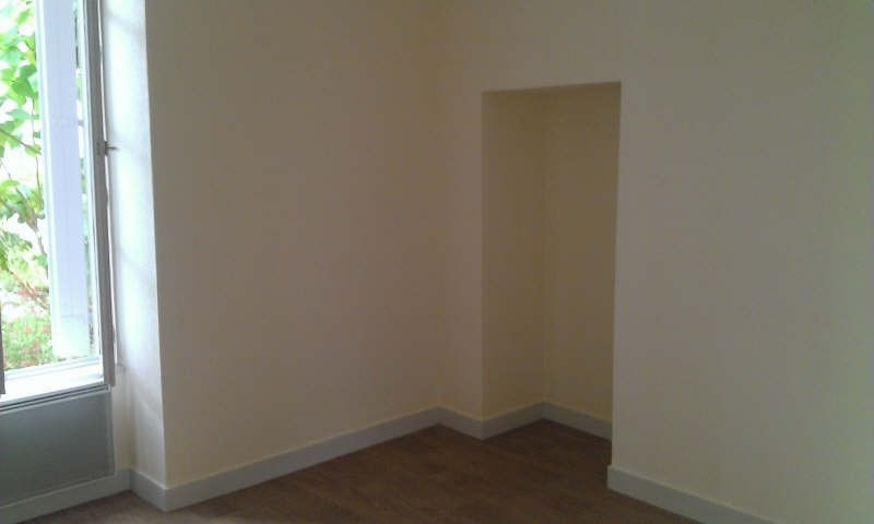 Location appartement Poitiers 549€ CC - Photo 4