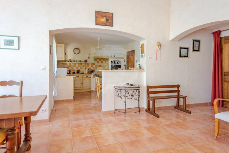 Vente maison / villa Althen des paluds 375000€ - Photo 5