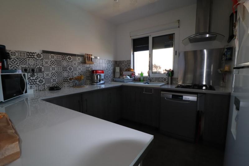 Sale house / villa Carpentras 306700€ - Picture 2