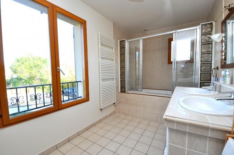 Sale house / villa Forges les bains 543250€ - Picture 14