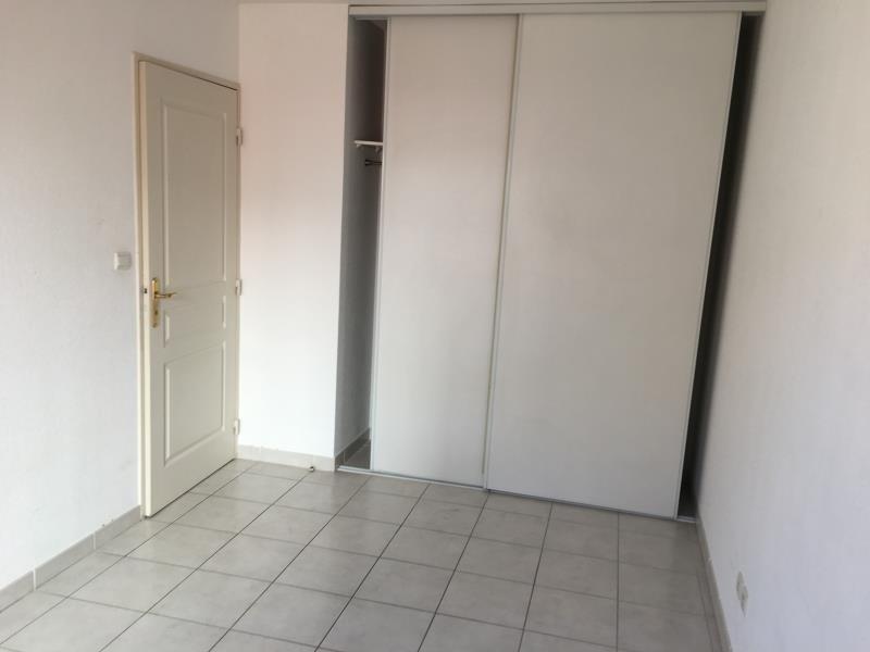 Rental apartment Nimes 479€ CC - Picture 4