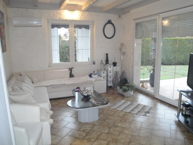 Sale house / villa Dasle 252 000€ - Picture 2