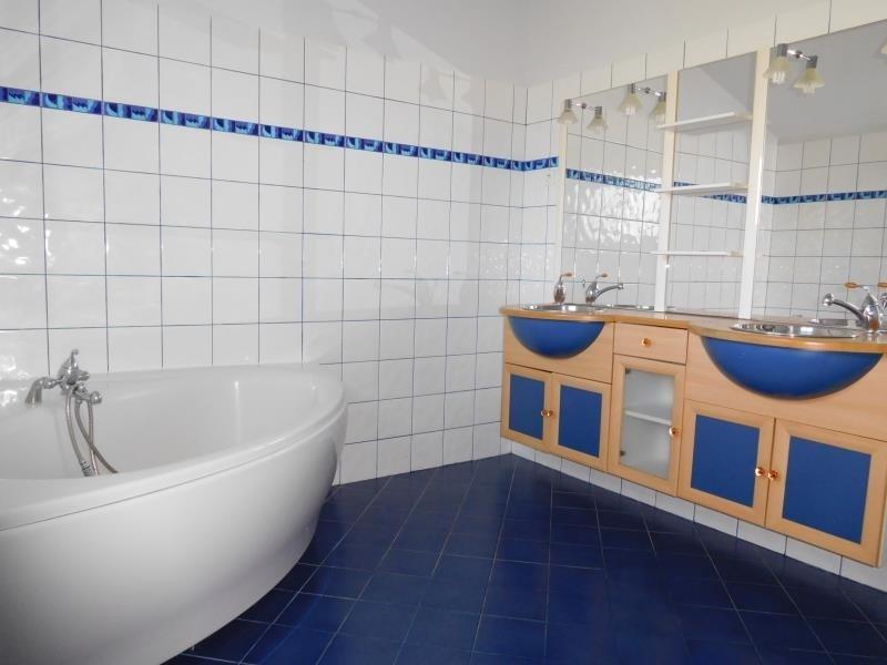 Vente maison / villa St andre de cubzac 380000€ - Photo 5