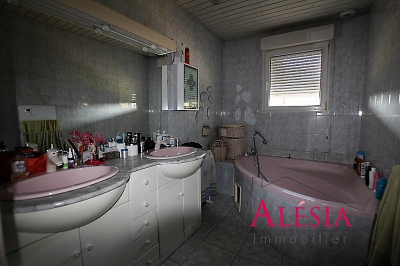 Vente maison / villa Châlons-en-champagne 243200€ - Photo 7
