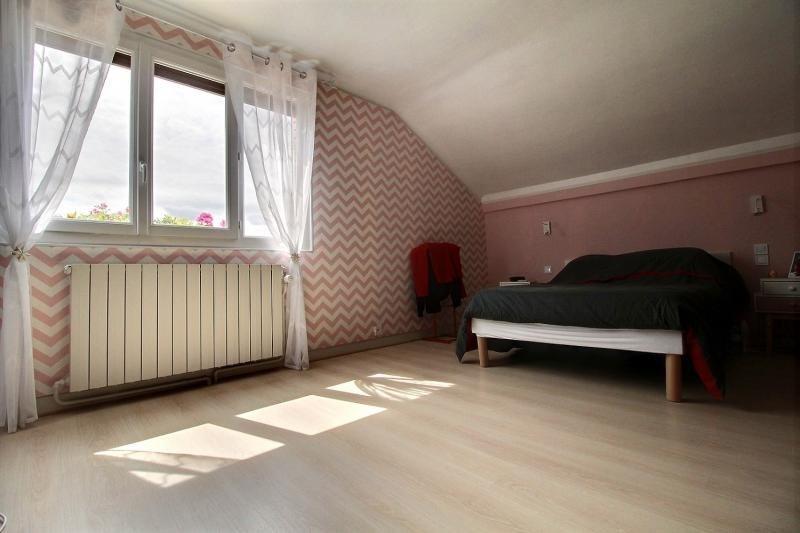 Sale house / villa Clamart 650000€ - Picture 6
