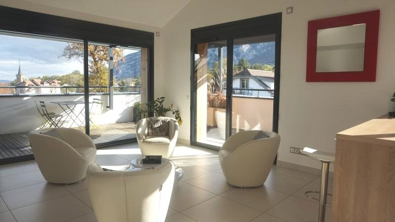 Deluxe sale apartment Archamps 670 000€ - Picture 3