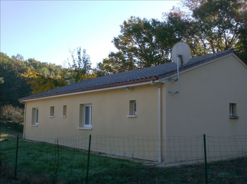 Location maison / villa Marsaneix 740€ CC - Photo 8