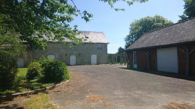 Sale house / villa Laval 373500€ - Picture 2