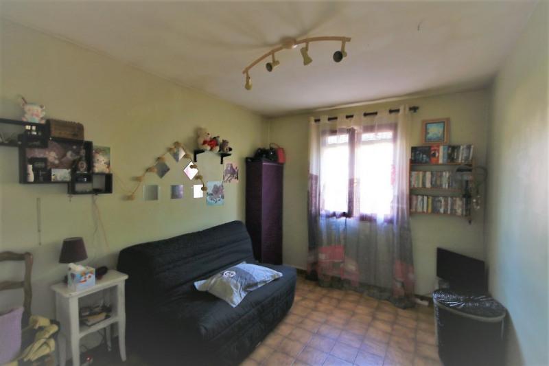 Sale house / villa Peyrolles-en-provence 315000€ - Picture 5