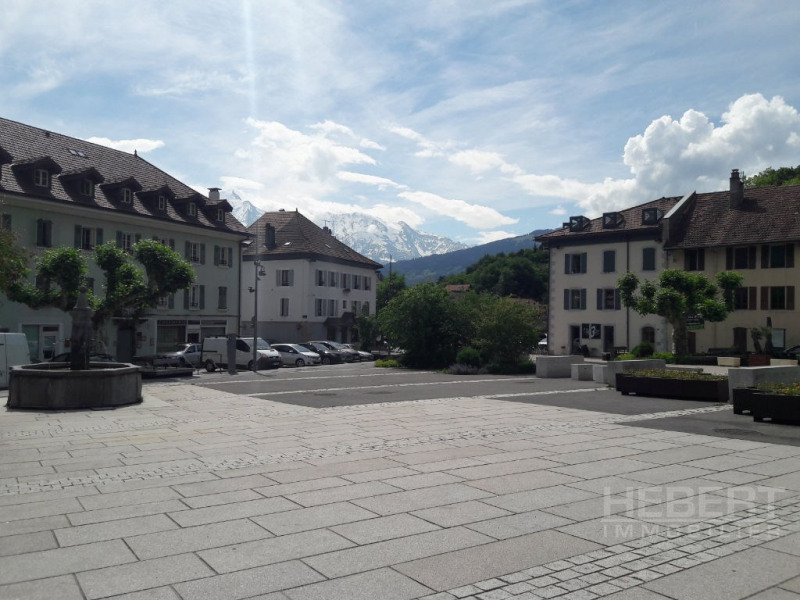 Location boutique Sallanches 975€ CC - Photo 2