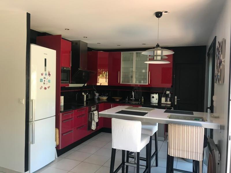 Sale house / villa Montfort l amaury 645000€ - Picture 6