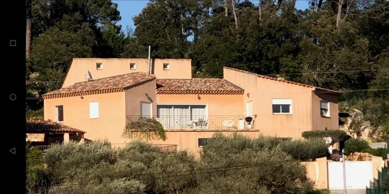 Deluxe sale house / villa Correns 581 000€ - Picture 1