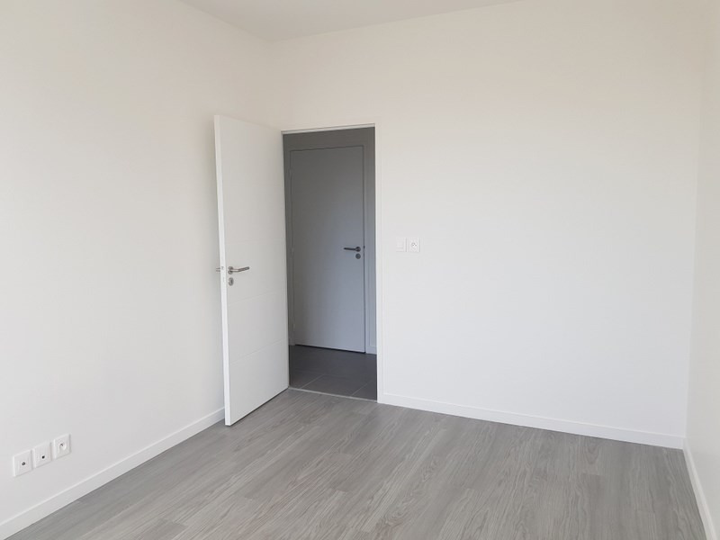 Rental apartment Villeurbanne 939€ CC - Picture 7
