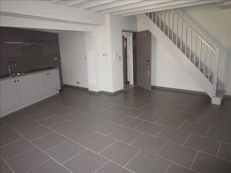 Rental apartment St cyprien 455€ CC - Picture 2