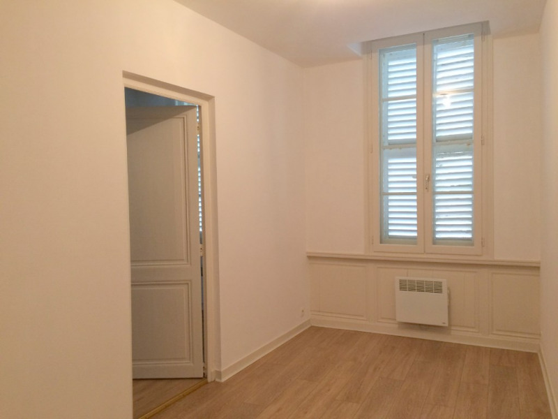 Rental apartment La rochelle 730€ CC - Picture 5
