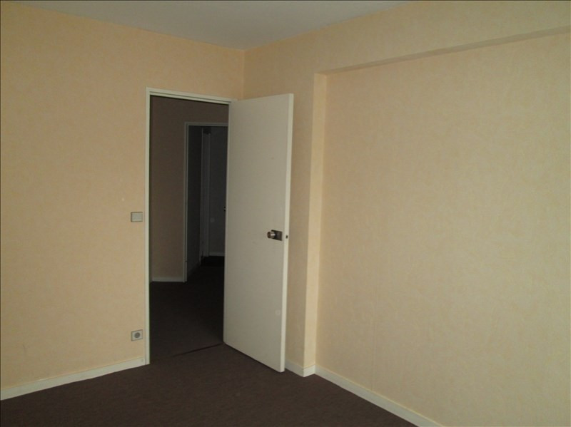 Location appartement Le chesnay 1 063€ CC - Photo 10