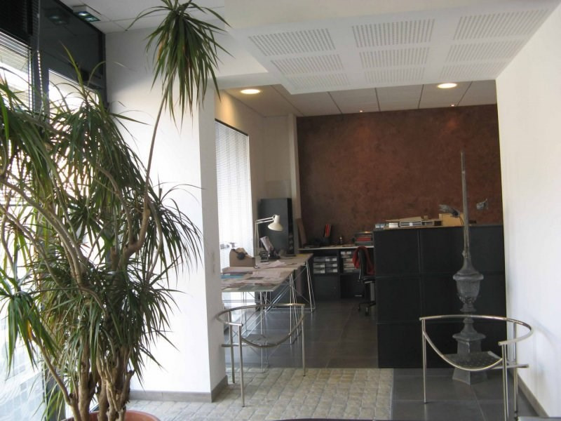Sale office Arles 232 000€ - Picture 1