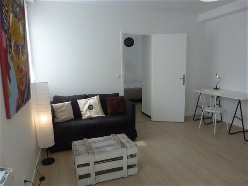 Rental apartment Fontainebleau 921€ CC - Picture 2