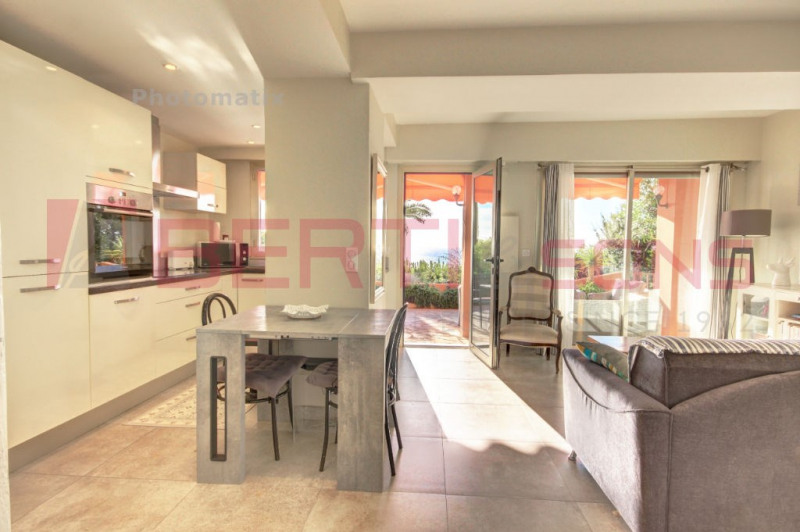 Vente de prestige appartement Theoule sur mer 726000€ - Photo 10