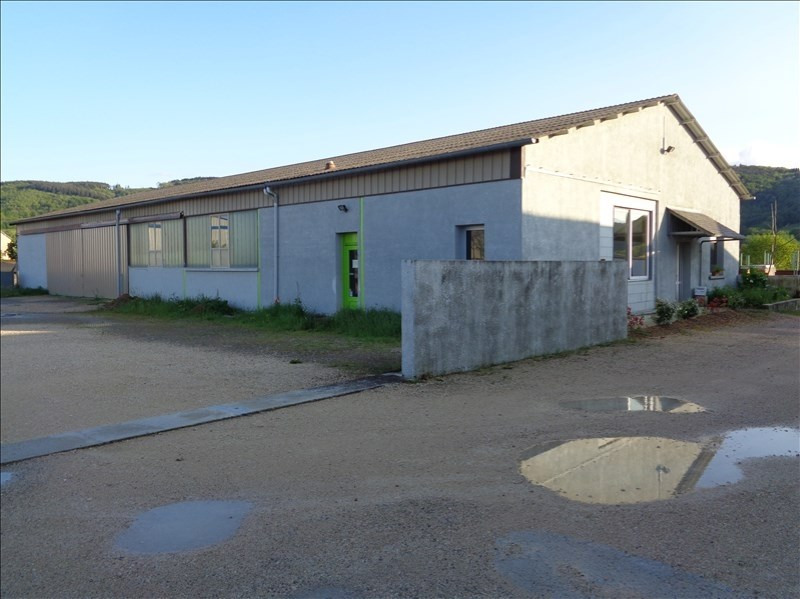 Location local commercial Laissac 1100€ HT/HC - Photo 1