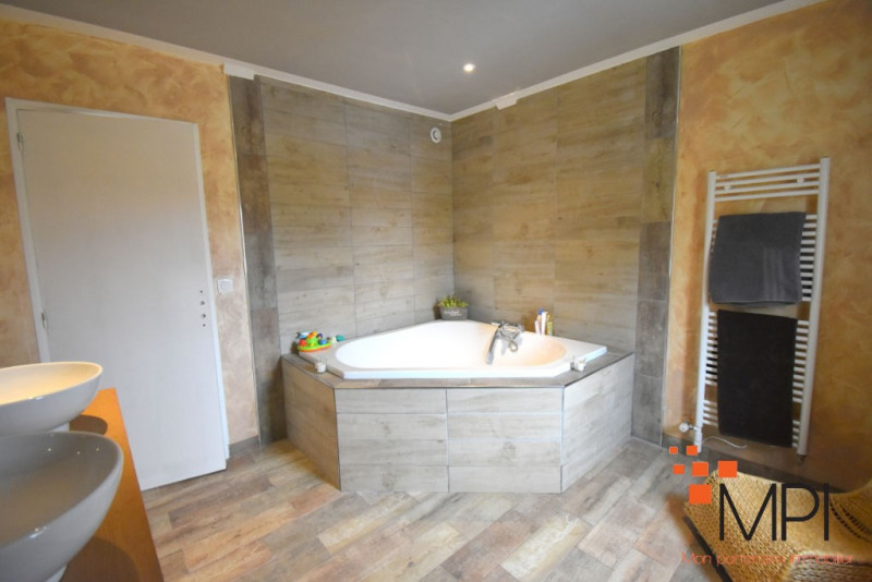 Sale house / villa Geveze 292600€ - Picture 6