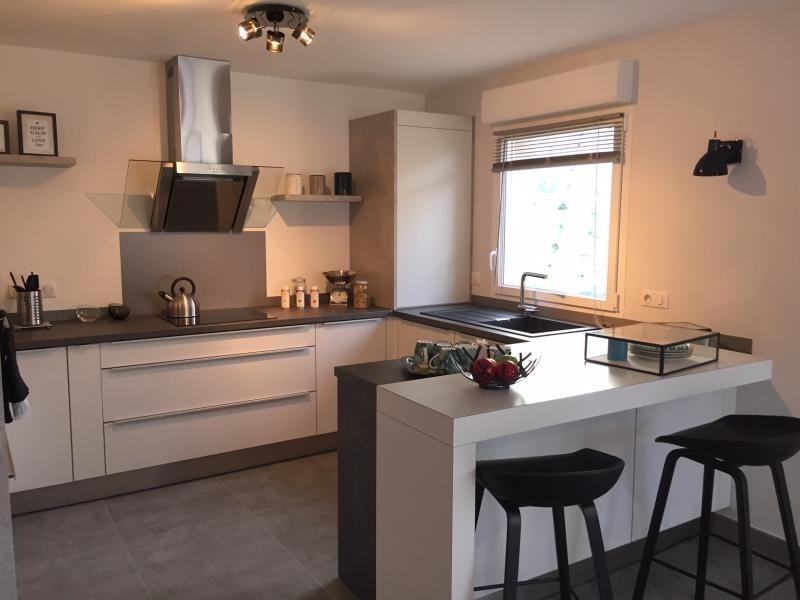 Sale house / villa Bassens 270000€ - Picture 3