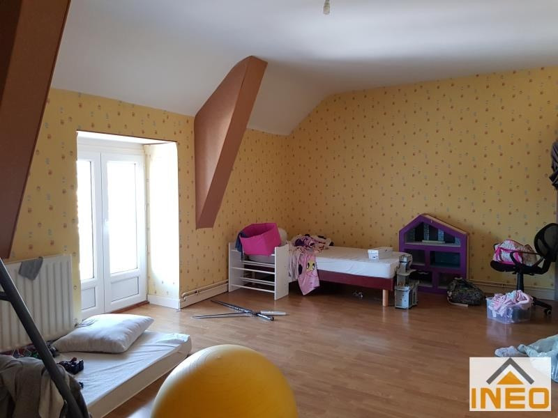 Location maison / villa St remy du plain 735€ CC - Photo 4