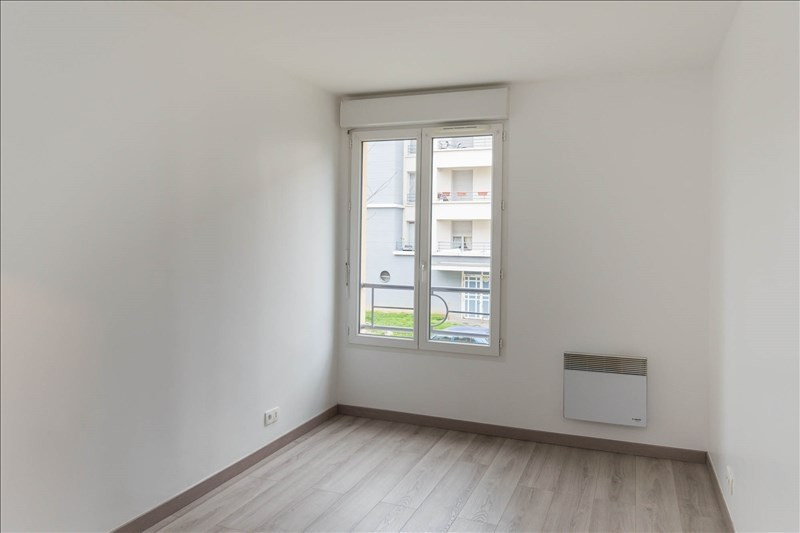 Rental apartment Osny 820€ CC - Picture 7