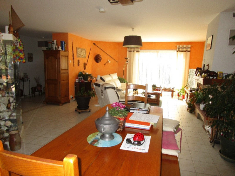 Sale house / villa Azay le brule 239 900€ - Picture 3
