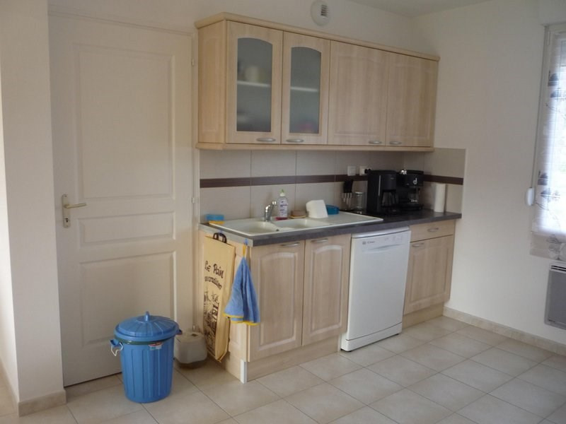 Location maison / villa Bouy 850€ CC - Photo 6