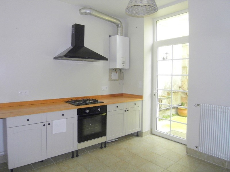 Location maison / villa Cognac 565€ CC - Photo 2