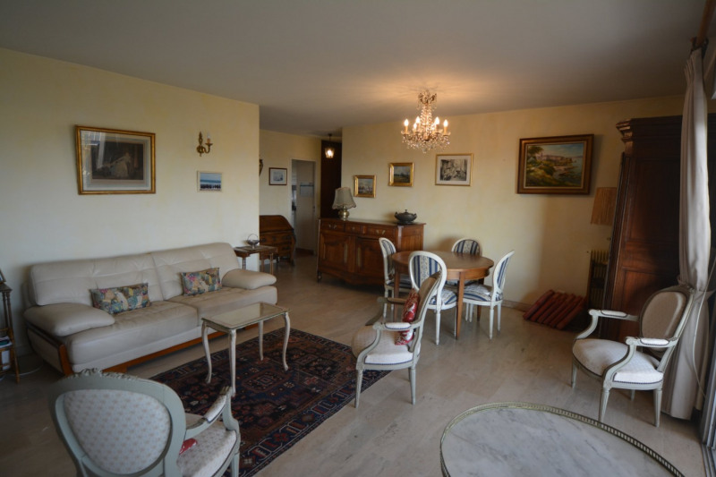 Deluxe sale apartment Antibes 715000€ - Picture 6