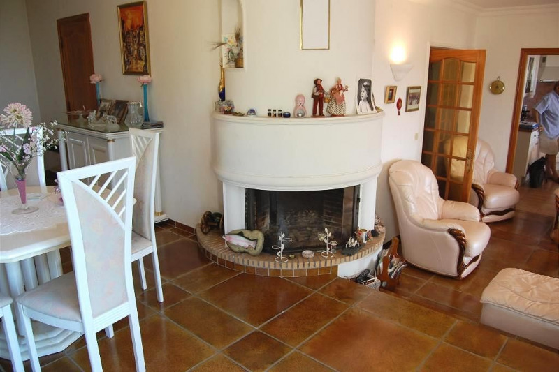 Vente maison / villa Golfe-juan 840 000€ - Photo 4