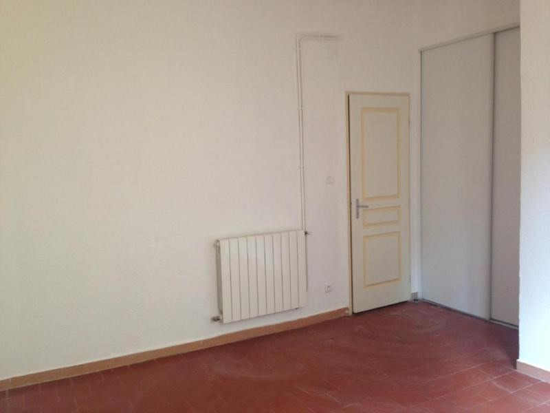 Rental apartment Aix en provence 630€ CC - Picture 2