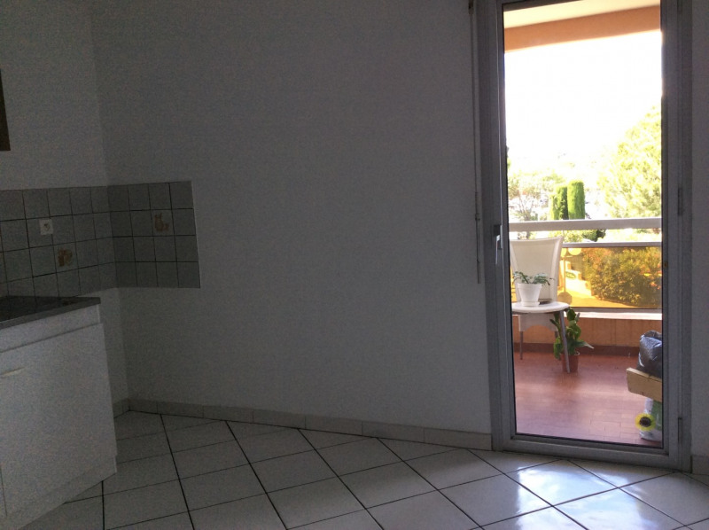 Location appartement Fréjus 675€ CC - Photo 5