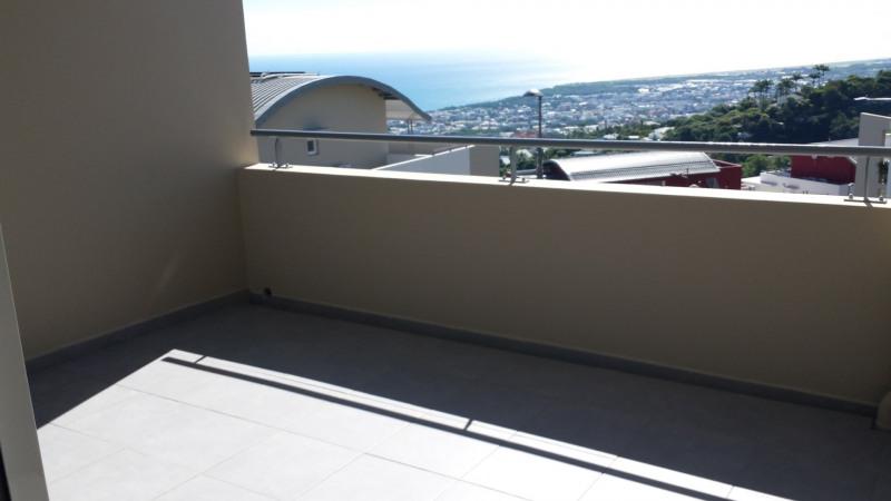 Location appartement St denis camelias 754€ CC - Photo 7