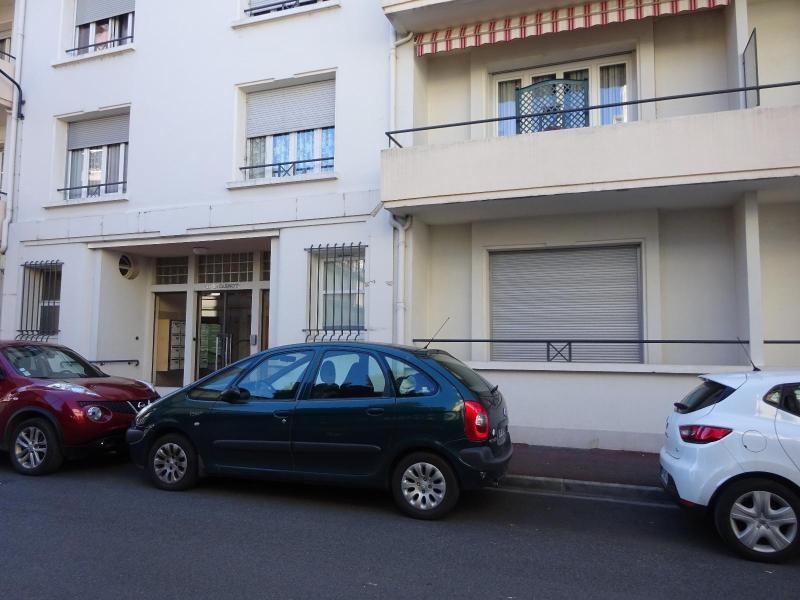Rental apartment Vichy 410€ CC - Picture 1