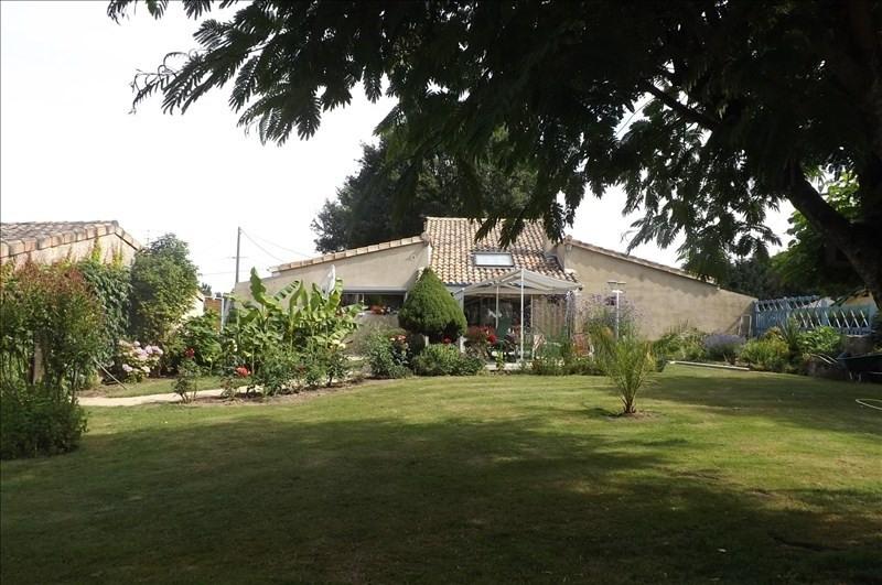 Sale house / villa Montpon menesterol 222000€ - Picture 1