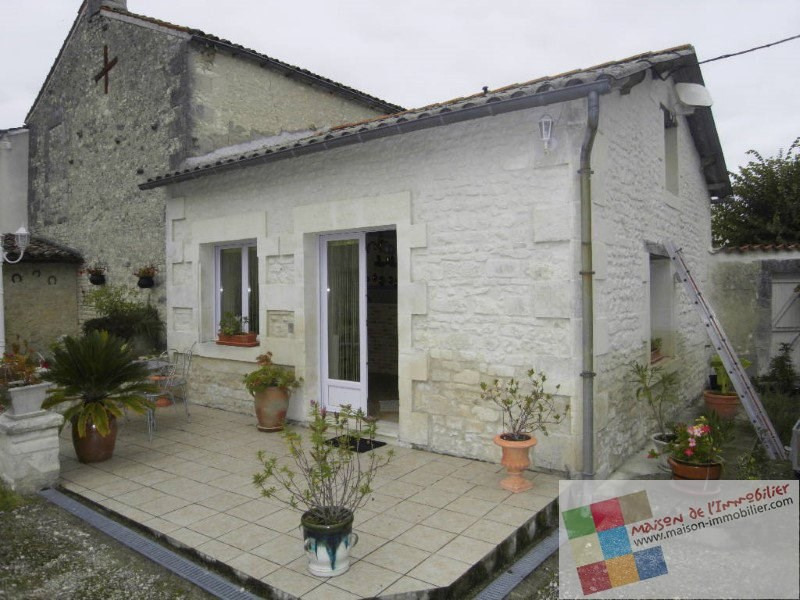Location maison / villa Angeac champagne 570€ CC - Photo 1