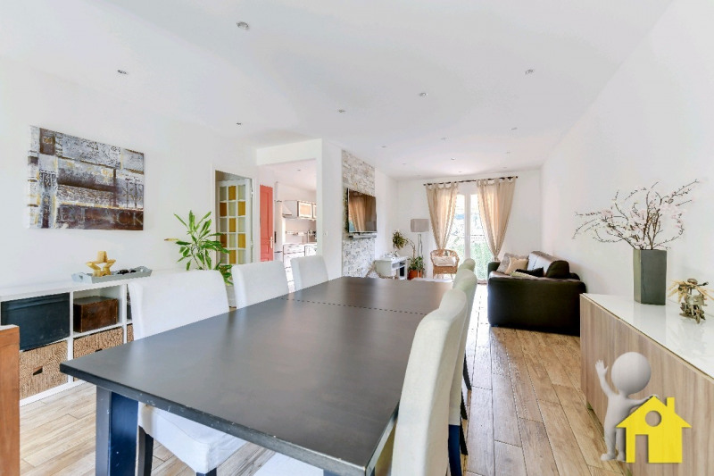 Sale house / villa Neuilly en thelle 257000€ - Picture 3