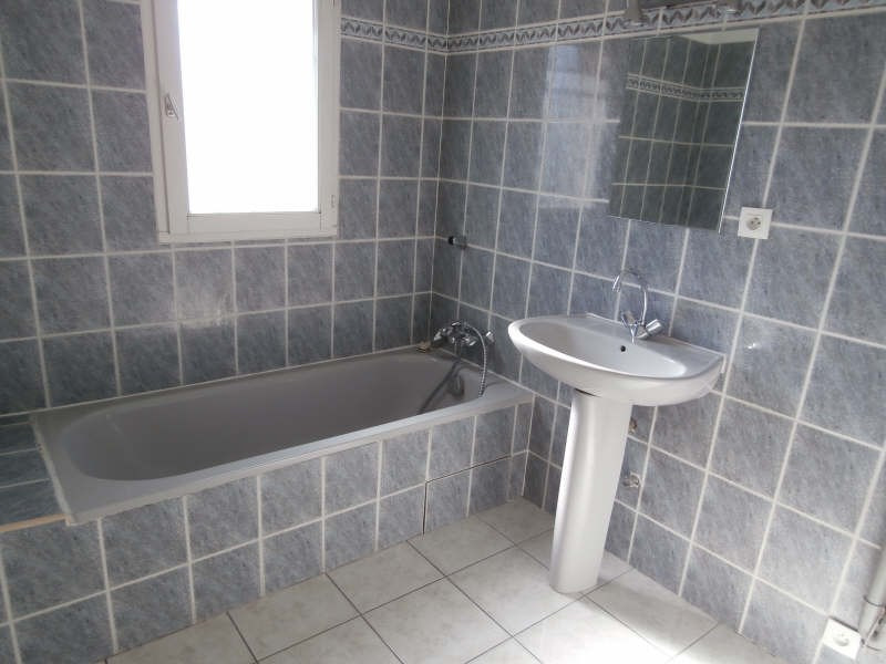 Location appartement Salon de provence 825€ CC - Photo 7